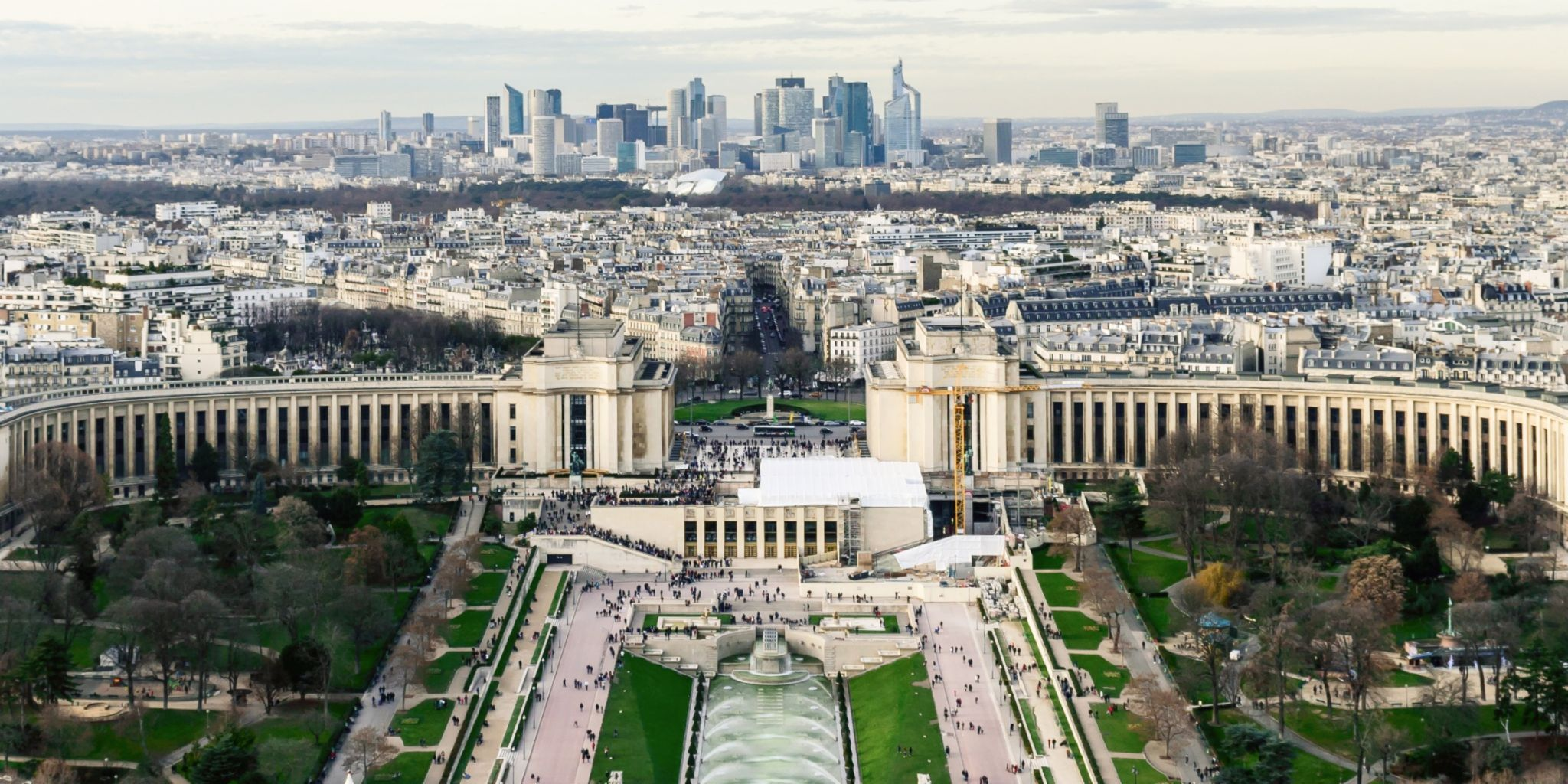 Receivables purchase by EOS in France: Paris cityscape.